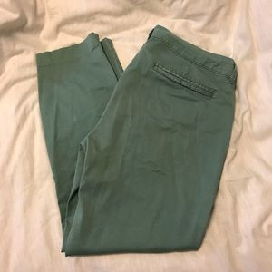 Old Navy Pixie Cropped Pant
